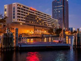 Sheraton Norfolk Waterside Hotel photos Exterior