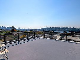 A-Seattle Urban Village- Guemes-Roof Top View Deck photos Exterior
