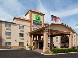 Holiday Inn Express Murrysville - Delmont photos Exterior