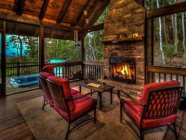 Above And Beyond By Escape To Blue Ridge photos Exterior