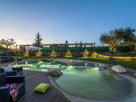 Lavish Holiday Home In Fermo With Swimming Pool photos Exterior