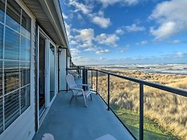 Beachfront Ocean Shores Condo With 3 Balconies! photos Exterior