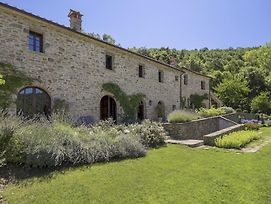 Il Passaggio Villa Sleeps 10 With Pool photos Exterior