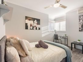 Boutique Private Rm Situated In The Heart Of Burwood6 photos Exterior