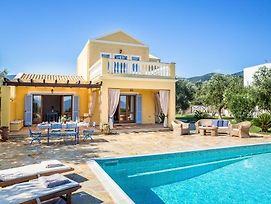 Karavomylos Villa Sleeps 6 Pool Air Con Wifi photos Exterior