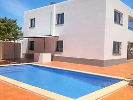 Colonia De Sant Jordi Villa Sleeps 16 Air Con Wifi photos Exterior