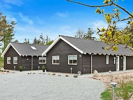 Seven-Bedroom Holiday Home In Henne photos Exterior