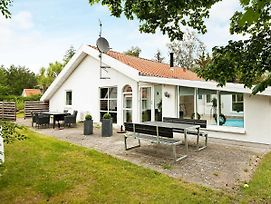 Two-Bedroom Holiday Home In Ebeltoft 12 photos Exterior