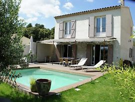 Beautiful Holiday Home In La Motte D'Aigues With Garden photos Exterior
