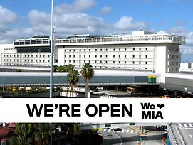 Miami International Airport Hotel photos Exterior