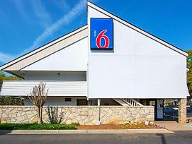Motel 6 Charlotte photos Exterior