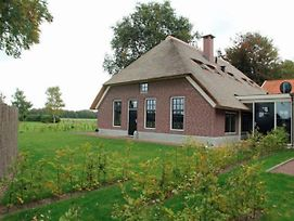 Spacious Villa Near Forest In Doornspijk photos Exterior