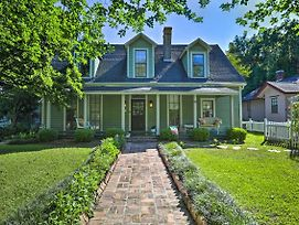 Quaint Thomasville Home W/ Yard - Walk To Town! photos Exterior