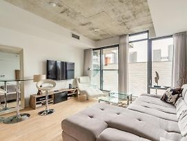 New - Stunning 1Br Downtown Toronto! photos Exterior