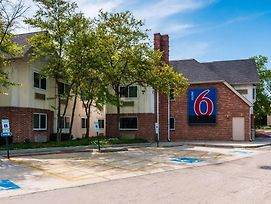 Motel 6 Chicago Arlington Heights photos Exterior