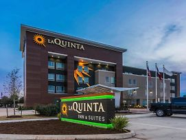 La Quinta Inn And Suites By Wyndham Houston Spring I 45 photos Exterior
