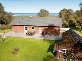 Four Bedroom Holiday Home In Hadsund 5 photos Exterior