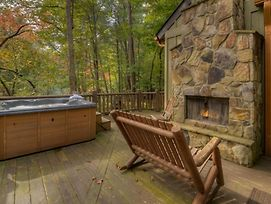 Treehouse On The Rapids By Escape To Blue Ridge photos Exterior