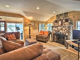 Waterfront Cottage With Fire Pit And Kayaks! photos Exterior