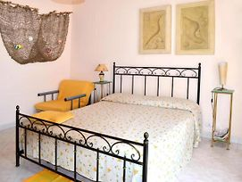 Comfy Apartment In Acireale With Terrace photos Exterior