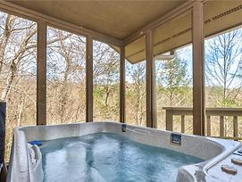 Blessings, 2Br, Hot Tub, Pool Access, Game Room, Sleeps 6 photos Exterior
