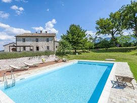 Ornate Mansion In Cagli With Hot Tub And Private Pool photos Exterior