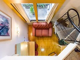 Cool Loft Comfort & Great Location photos Exterior