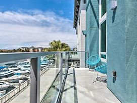 Azure Apt W/ Rooftop Pergola + Harbor Views! photos Exterior
