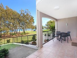 Beachport 14 - 2 Bdrm Apt With Canal Views On Parkyn Pde photos Exterior