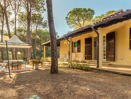 Holiday Home Viale Marinella photos Exterior