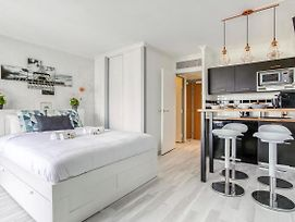 Lovely Studio In Courbevoie - La Defense By Guestready photos Exterior