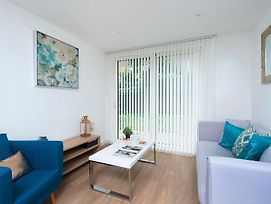 Stylish And Modern 1Br Near The River Thames photos Exterior