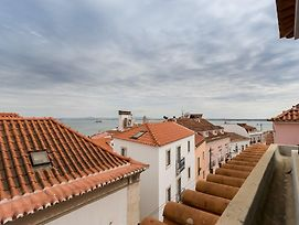 Alfama Modern Two-Bedroom Apartment W/ River View And Parking - By Lu Holidays photos Exterior
