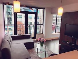 Rent This Luxury Apartment In Victoria, Vancouver Island Apartment 1005 photos Exterior