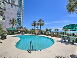 Romantic Beachfront Condo: Superb Location! photos Exterior