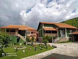Guest House Vila Banjica photos Exterior