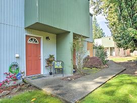 Townhome W/ Yard: 3 Mi To Camp Murray & Jblm photos Exterior