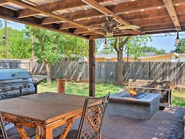 Rustic Farm Home W/Patio, Grill & Fire Pit By Ttu! photos Exterior