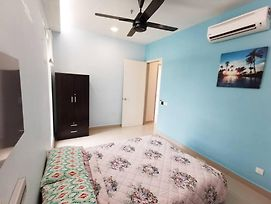 Best Apartment Place Stay Nearest Upm Miecc photos Exterior