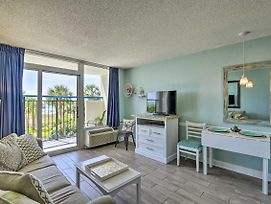 Cozy Resort-Style Condo W/Oceanfront Balcony! photos Exterior