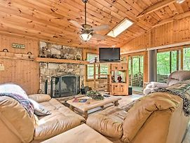 Isolated Cabin W/ Fire Pit And Forest View! photos Exterior