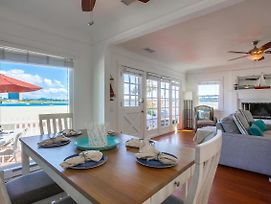 Bayfront Beach Cottage W/ Ac, 2 Parking, Ground Level Patio! photos Exterior