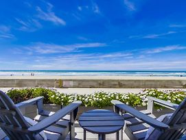 Oceanfront Family Beach Condo! Private Oceanfront Patio! photos Exterior