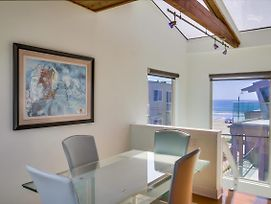 Private Single Family Luxury Beach Home, W/ 2-Car Garage, Central Ac, 1 House From Ocean! photos Exterior