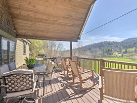 Chic Asheville Retreat With Game Room And Views! photos Exterior