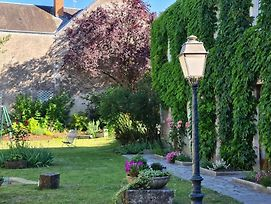 Le Beaugency photos Exterior