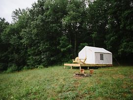 Tentrr - Camp Coal Tree photos Exterior