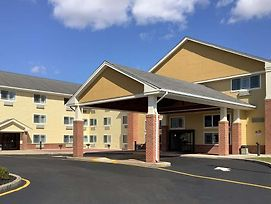 Comfort Inn & Suites Milford photos Exterior