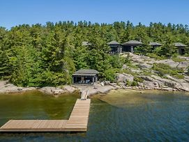 Big Sound Lake House - Absolutely Stunning Views And Architecture! photos Exterior