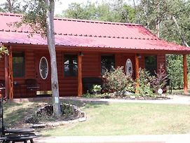 Cabin 1 Rental 15 Minutes From Magnolia And Baylor photos Exterior
